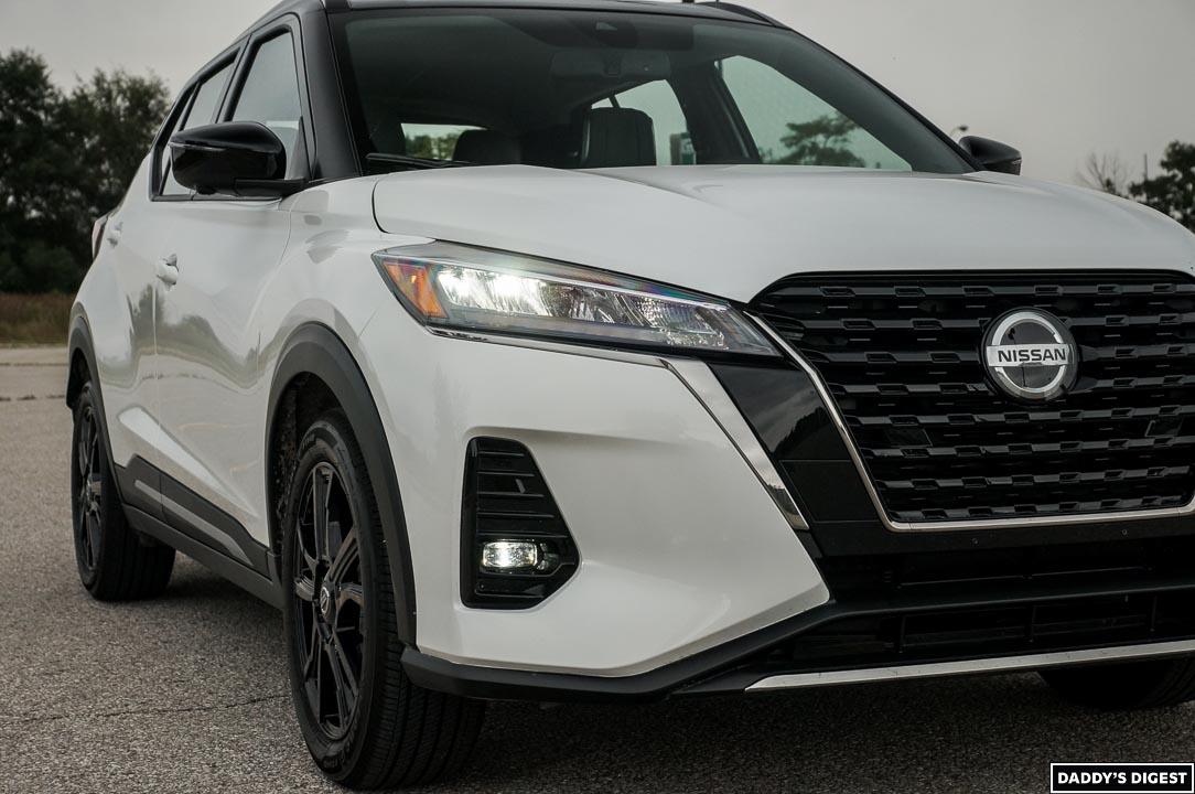 2021 Nissan Kicks SR Premium